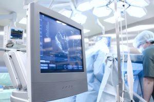 Ultrasound examination in the Operating Room © sudok1 - Fotolia